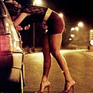 Prostituzione: sì alle zone rosse?