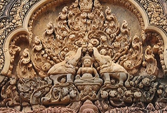 Cambogia, bassorilievi, templi