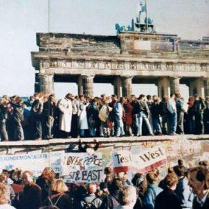 Berlino festeggia i 25 anni dalla caduta del muro