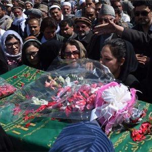 Farkhunda, la ragazza arsa viva dall'ignoranza