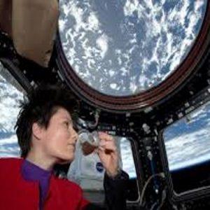 Samantha Cristoforetti ritorna dallo spazio