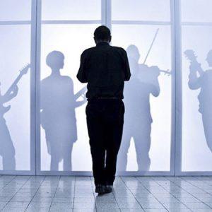 Freak Opera, la rivoluzione parte dalla musica