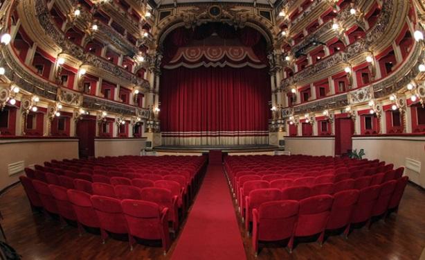 Stagione 2016-17 al Teatro Bellini di Napoli