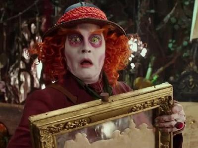Alice attraverso lo specchio: la meraviglia continua art