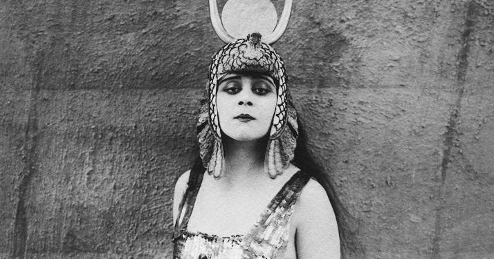 Cleopatra: storia di un emarginata