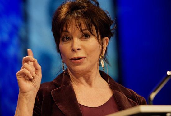 Isabel Allende svela il suo lato umano in Amore