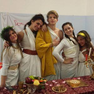 Gli alunni del Quinto Orazio Flacco di Portici nella Notte nazionale del liceo classico