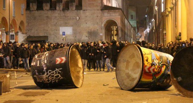 Guerriglia, violenza e proteste studentesche a Bologna