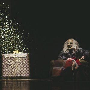 Homologia: al Piccolo Bellini un eterno silenzio scandito dall'abitudine