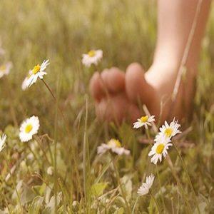 Barefooting: camminare a piedi nudi (non solo nel parco!)