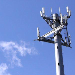Il quartiere Soccavo contro la nuova antenna telefonica