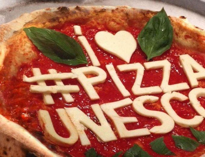 Pizza napoletana patrimonio Unesco e ottava meraviglia italiana