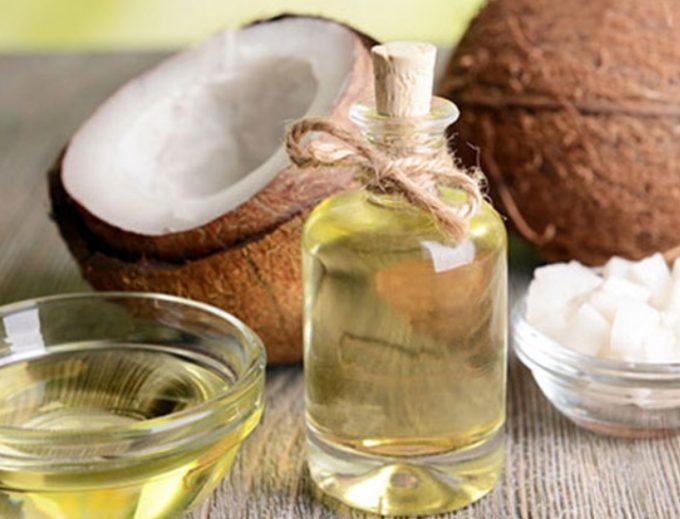 Olio di cocco propriet usi e benefici su corpo e viso eroica fenice - Olio di cocco cucina ...