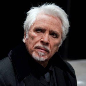 La ragione degli altri al Teatro Bellini: il Pirandello di Tato Russo
