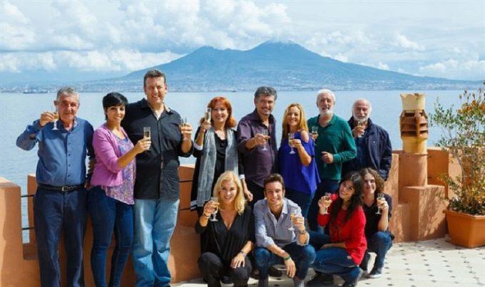 Un posto al sole, ambientata a Napoli, è la serie più longeva italiana