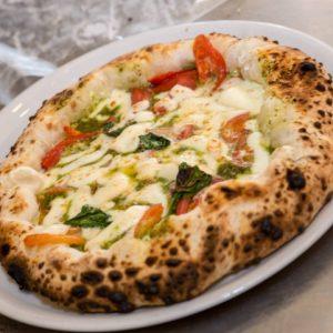 Maggio napoletano: 4 mani, 4 pizze e tanto gusto