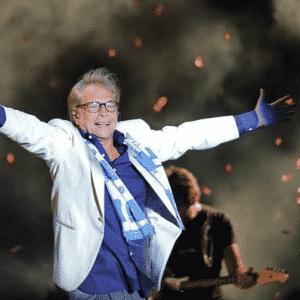 Nino D'Angelo 6.0, lo scugnizzo riabbraccia la sua città