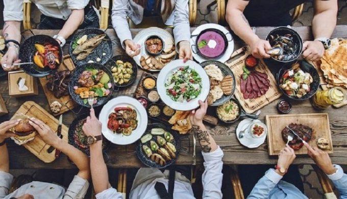 Dieta giornaliera: una giornata-tipo d'estate