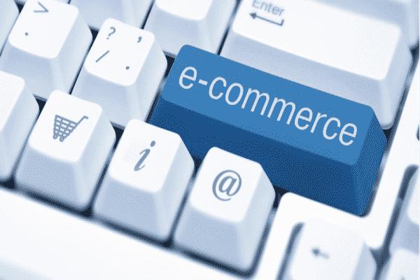Agli italiani il commercio online piace sempre più