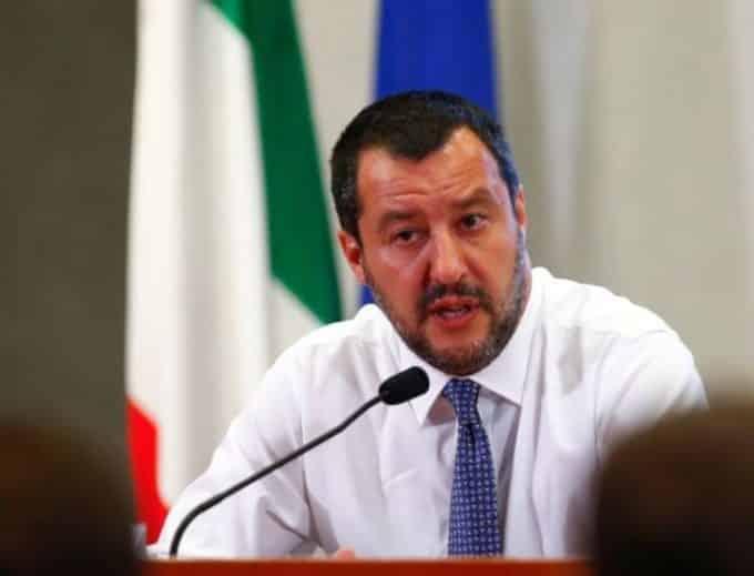 Come ti vinco le elezioni: tra social e polemiche, il caso di Salvini Matteo