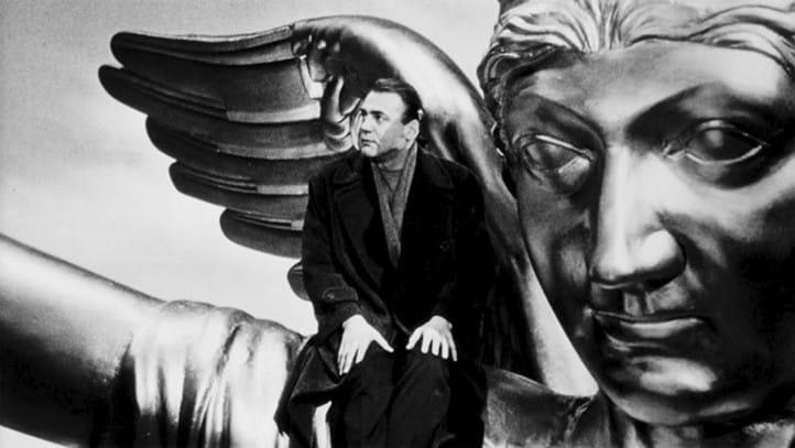 """""""Il cielo sopra Berlino"""" di Wim Wenders e l'infanzia perduta"""