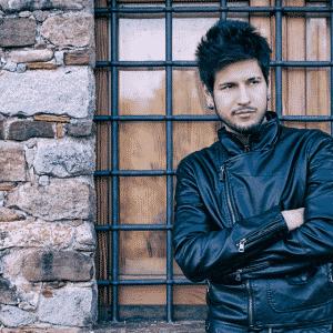 Aléxein Mégas e il suo primo album: The White Bird