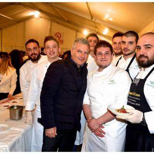 Chef eccellenti a Brusciano per il Dormitorio