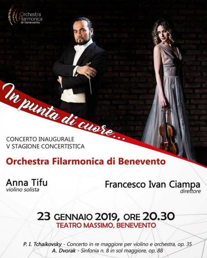 """L' Orchestra Filarmonica conquista Benevento """"In punta di cuore"""""""