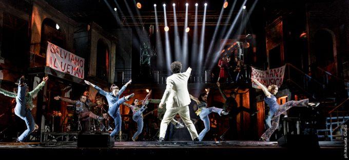 """""""Musicanti. Il musical con le canzoni di Pino Daniele""""apre la sua tournée estiva all'Arena Flegrea di Napoli"""