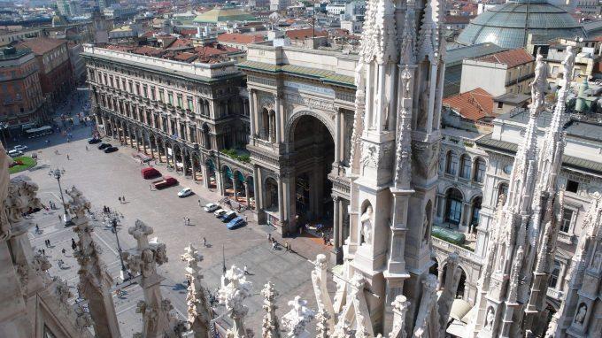 """""""Grani antichi"""", Giuseppe Vesi apre a Milano"""