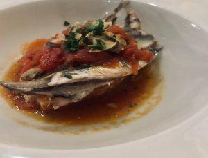 Il pesce e l'olio: cena a tema