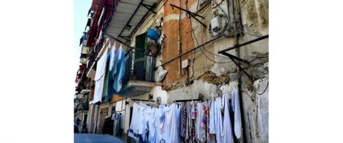 Rione Sanità: visita de Il Miglio Sacro, tra malasorte e mille culure