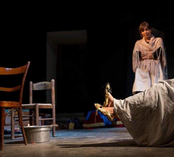 'A Rota, lo spettacolo teatrale tra humanitas e mito popolare