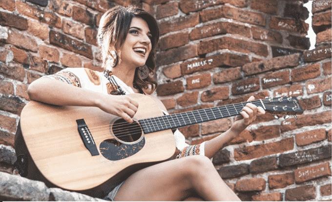 Tonia Cestari racconta la nostra generazione con un nuovo singolo