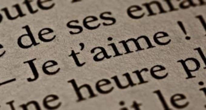 Frasi d'amore in francese : parole attraverso la lingua del romanticismo