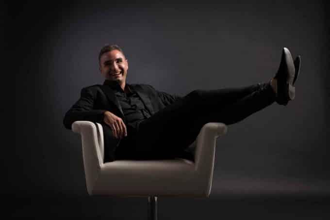 Ivan Costa, il dj e cantante italiano che fa ballare il Sudamerica | Intervista