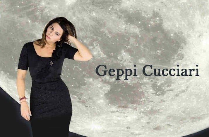 È Geppi Cucciari ad indossare i panni dell'unica monologante dello spettacolo Perfetta, scritto e diretto da Mattia Torre in scena la Teatro Diana