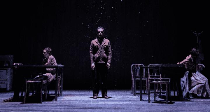 When the rain stops falling: un viaggio genealogico al Teatro Bellini