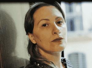 L'attimo sospeso, è online il nuovo singolo diAdriana Spuria
