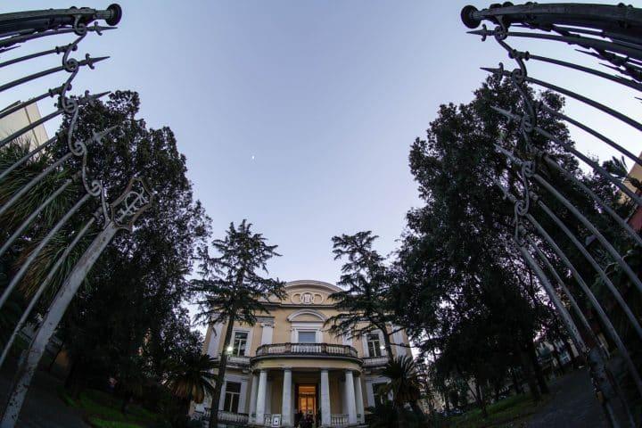 Villa Fernandes di Portici: incontro con Alessio Forgione