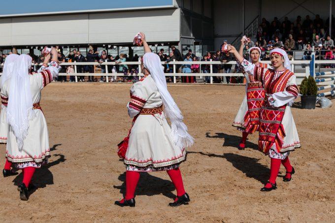 Danze popolari: uno sguardo nel mondo e in Italia