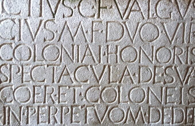 Autori greci e latini