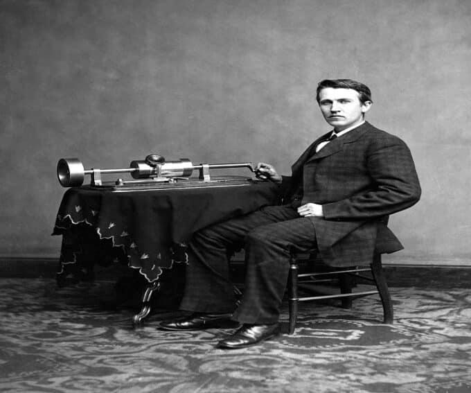 Riproduzione musicale: dal carillon a Spotify | Parte 1