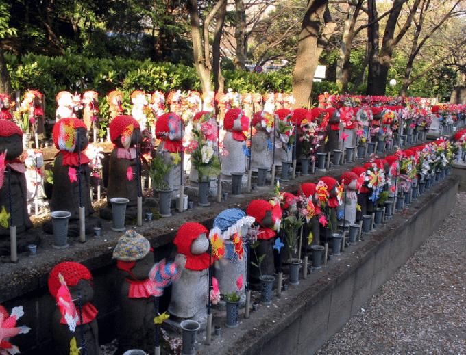 Lutto per i feti non nati: il rito giapponese del Mizukokuyō