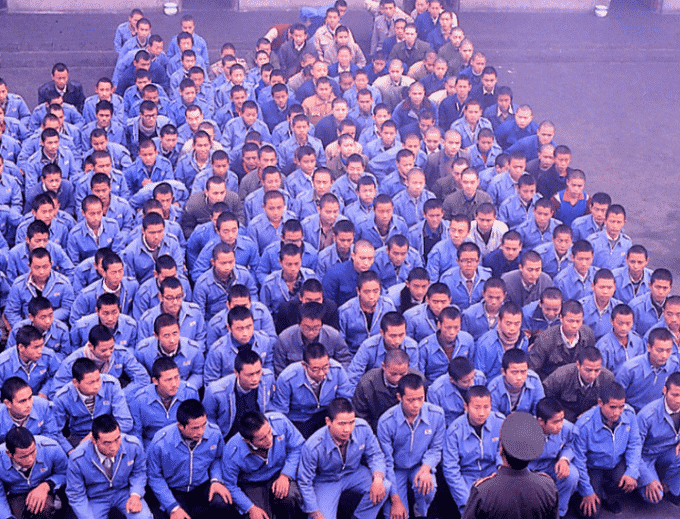Campi di rieducazione in Cina: i lager del nuovo millennio