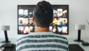 """Perché il """"binge watching"""" non è sempre la scelta predominante"""