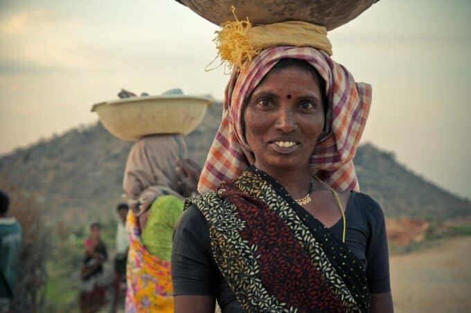 donne indiane utero